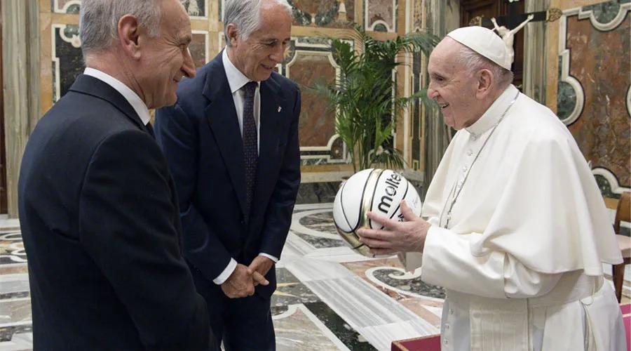 El Papa Francisco durante la audiencia. Foto: Vatican Media